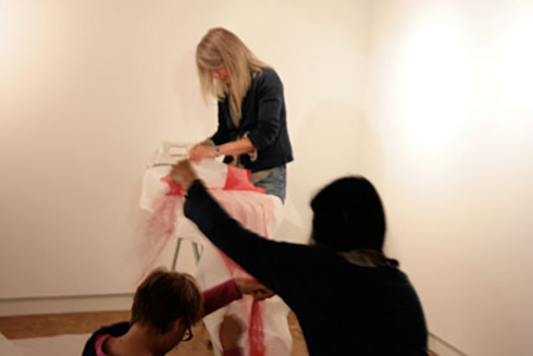 Aline_Ribiere_montage_expo_2011