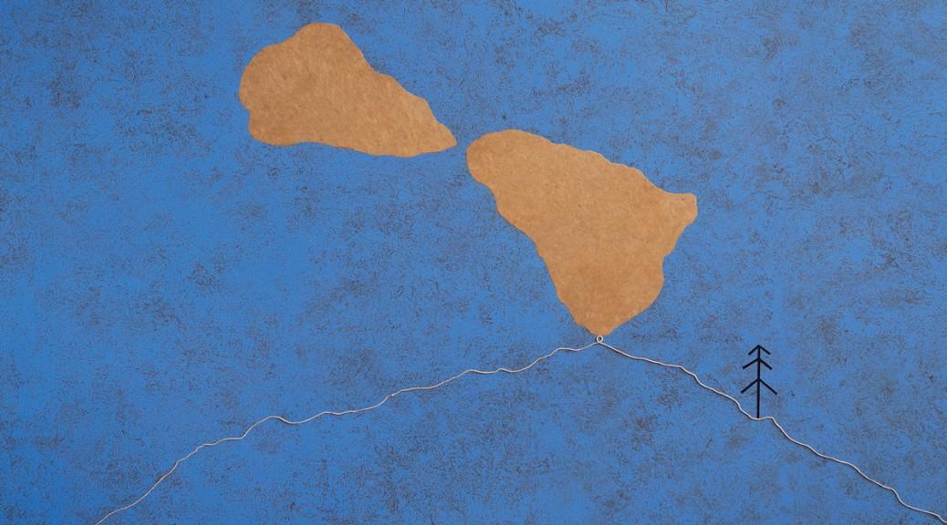 """Flavio Paolucci, """"Quel che è rimasto"""", 2018, bois, ficelle, acrylique sur papier, 220x155 cm © S. Beretta"""